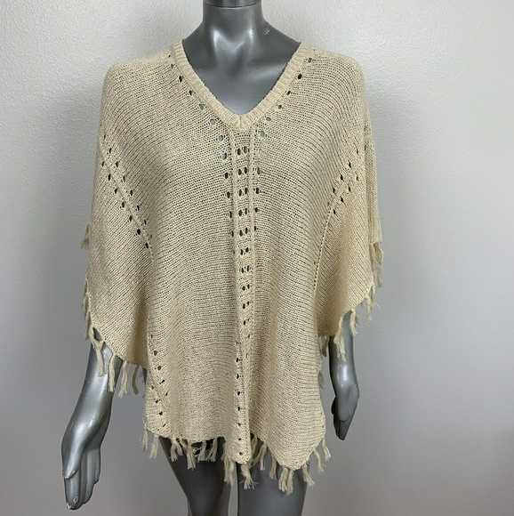 LOFT Sweaters - Loft Poncho Crochet Cream Sz: XS/S